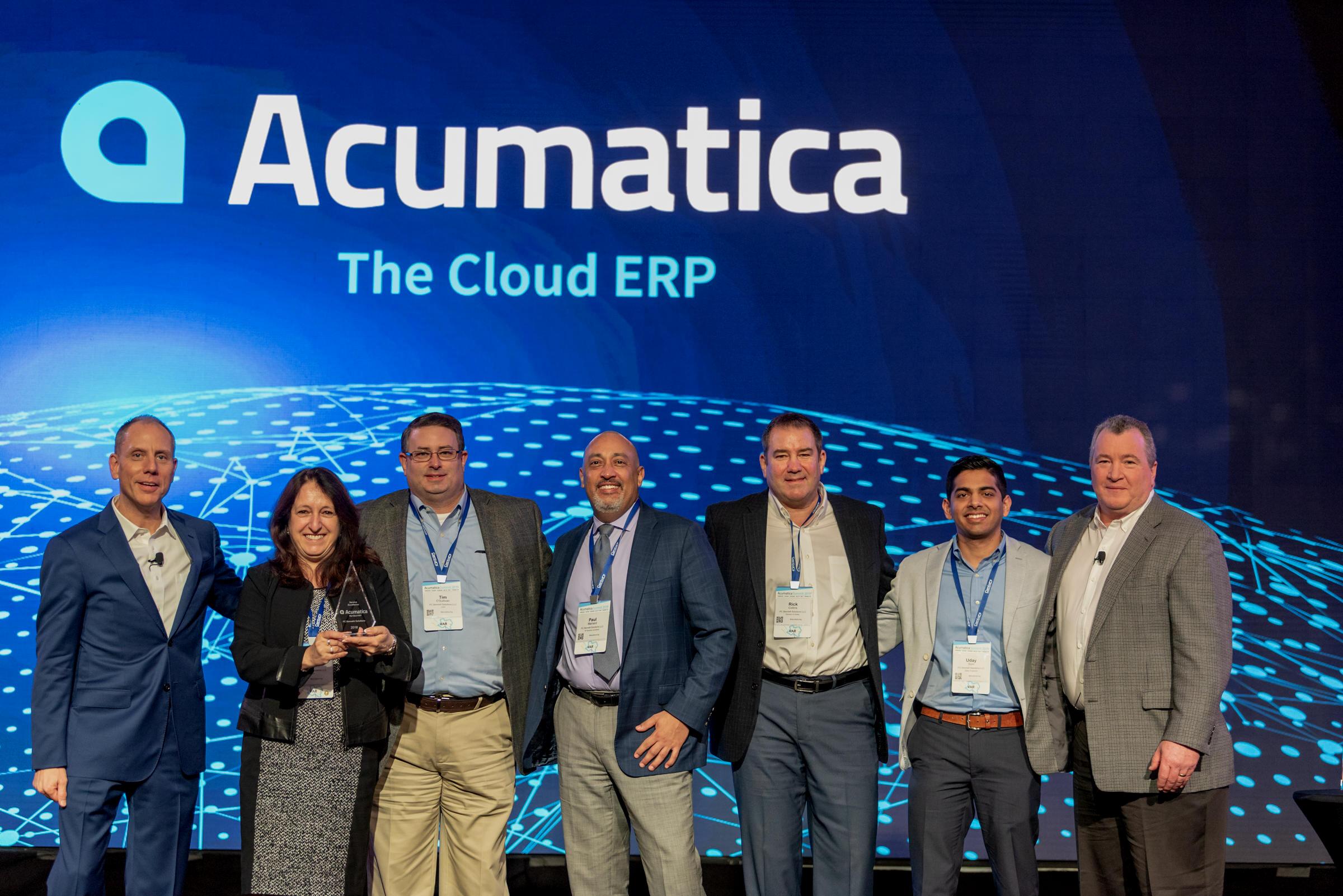 PC Bennett accepting award for Acumatica ERP MVP.